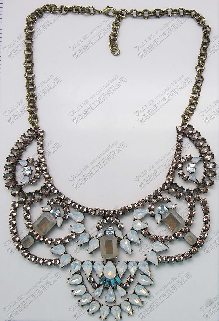 半透明蛋白色宝石链镶嵌高档时尚项链