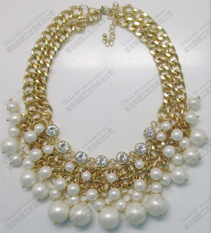 多层簇拥珍珠时尚百搭精美项链