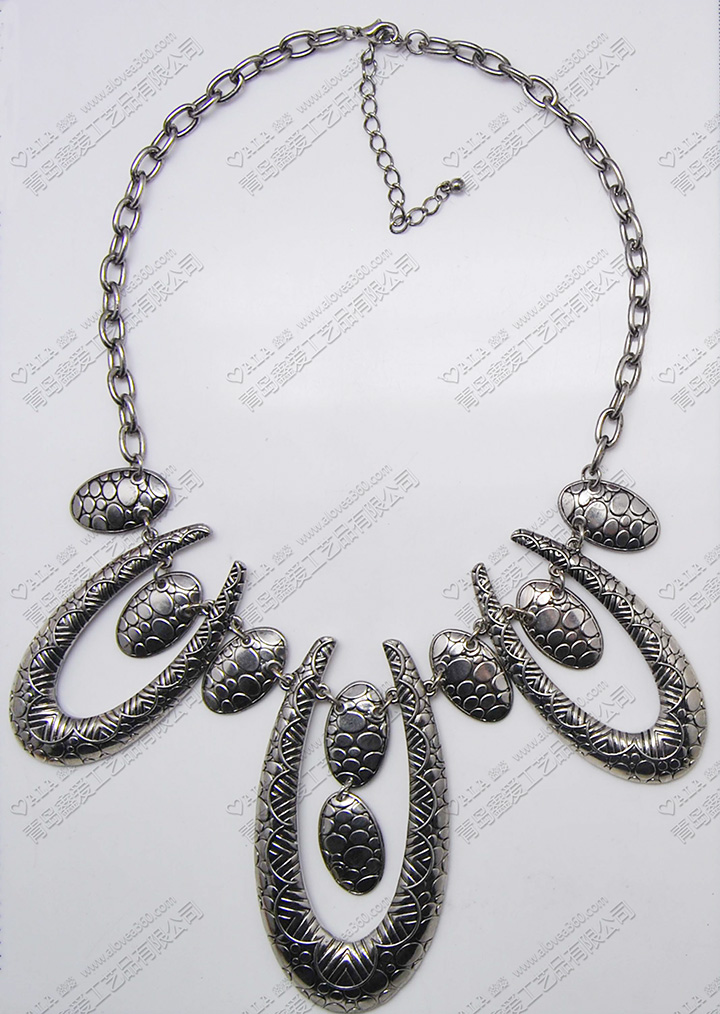 烧银蛇面花纹金属复古大吊坠时尚夸张项链