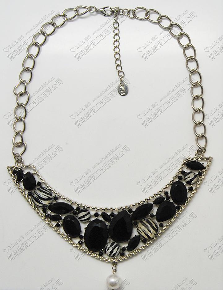 黑白系斑马纹理树脂片吊坠时尚项链批发
