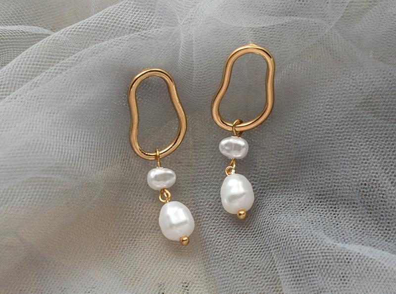 欧美风简约不规则形状金属质地珍珠耳钉首饰工厂